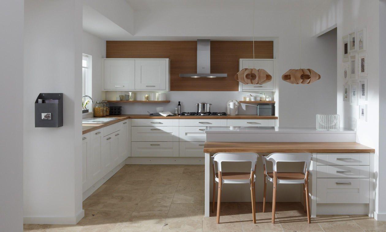 Milbourne Chalk 575mm Highline Extended Angled Base Unit RH 296 Doors | DIY Kitchens 4 U